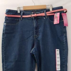 Lee Classic Fit | Size 16M | Capri Pants